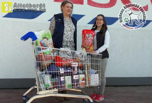 Állatvédő adomány a Tesco áruháztól