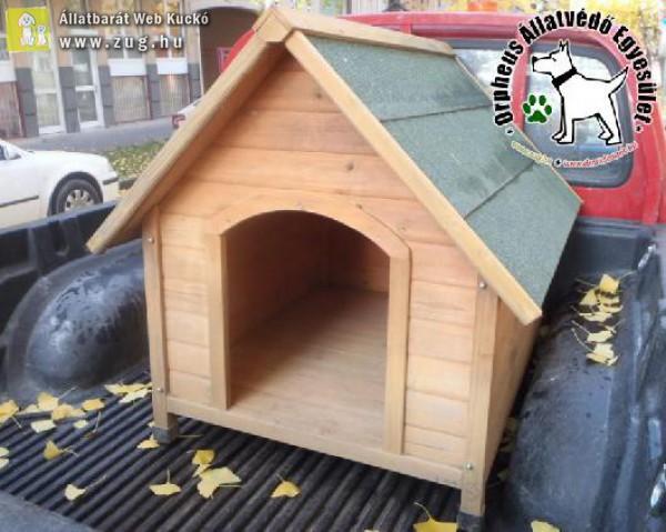 Kutyaházat kaptunk ajándékba, köszönjük!