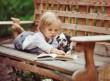 Meseolvasás a kutyusnak